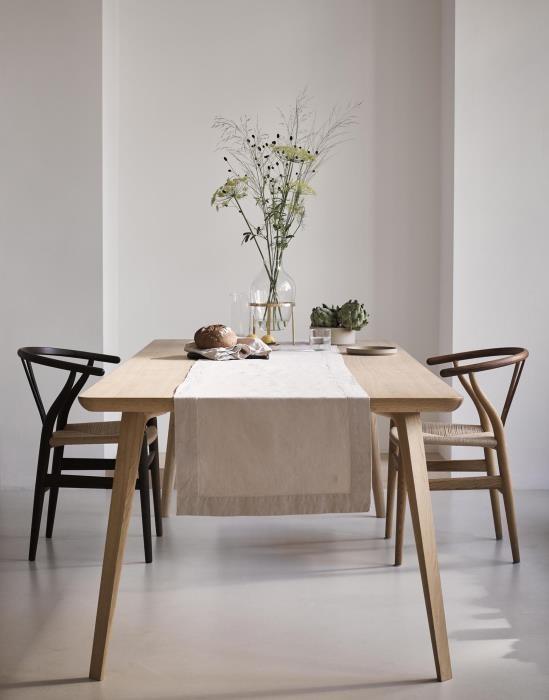 Kleed jouw tafel mooi aan met de tafellopers van Marc O'Polo