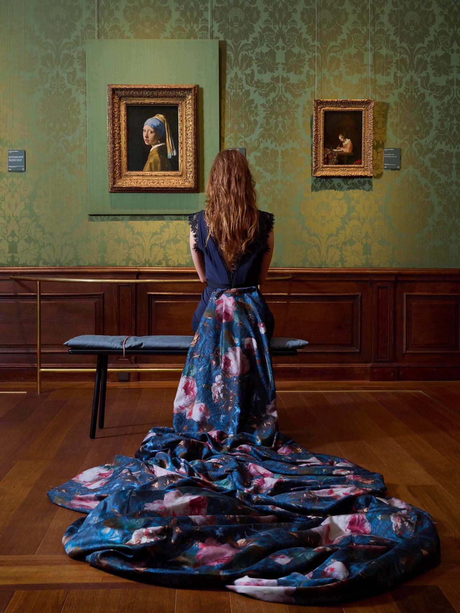 ESSENZA Gallery of Roses Nightblue Dekbedovertrekset 240 x 220 cm