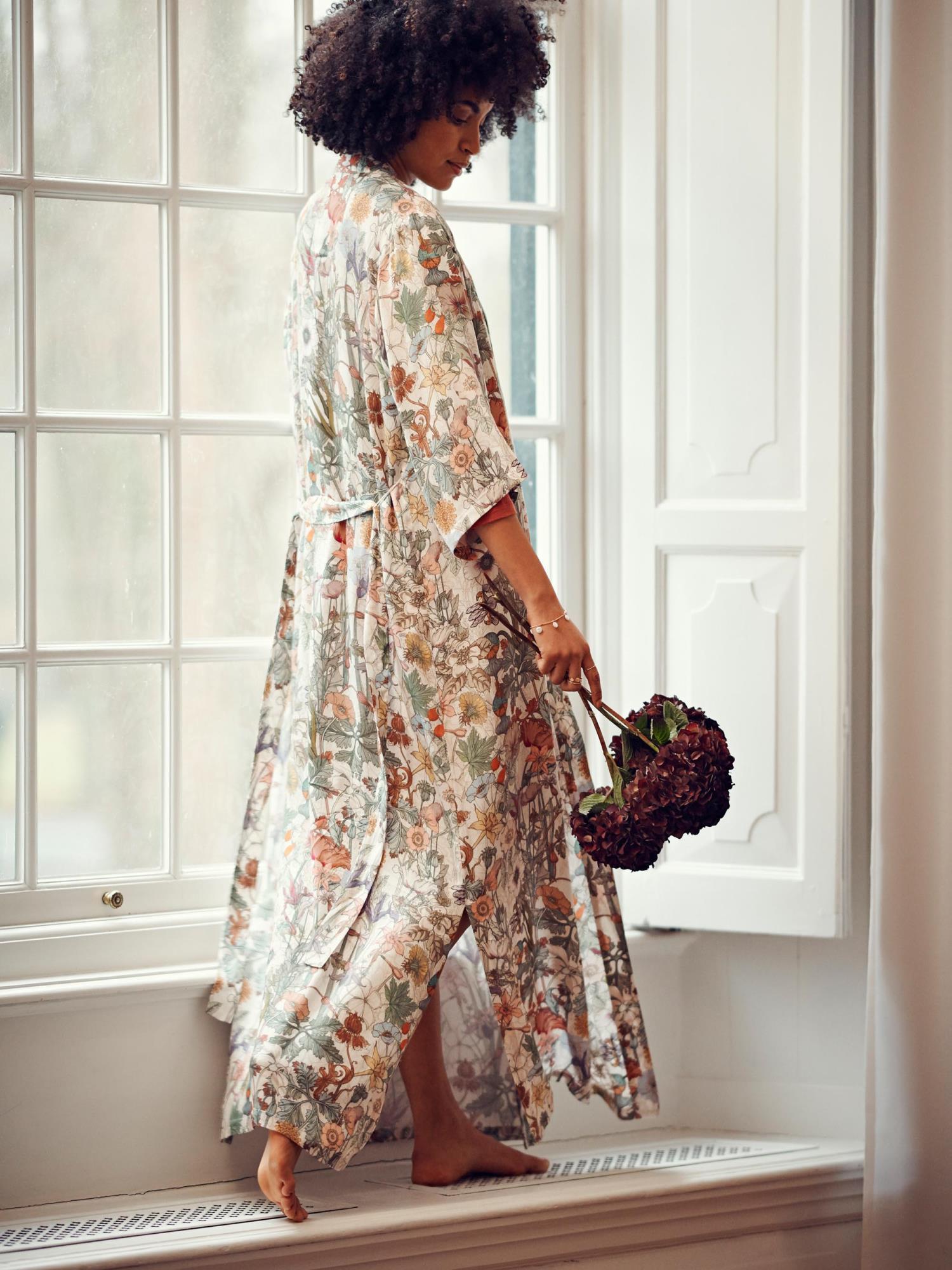 ESSENZA Jula Marlene Multi Kimono M